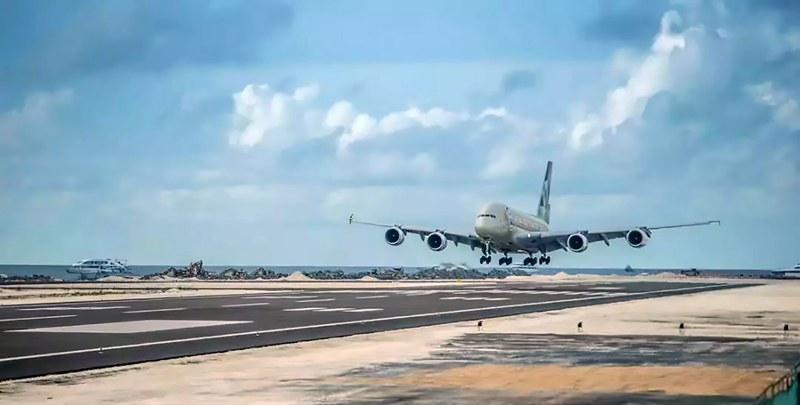 飞机_800.jpg